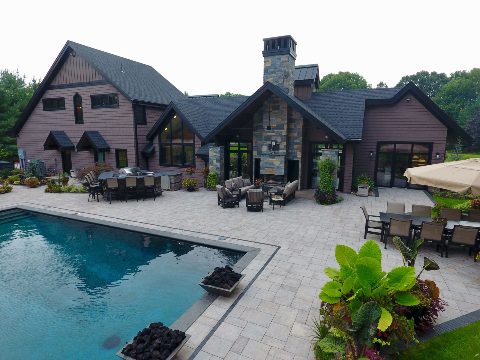 How to Match Your New Outdoor Fireplace to Your Rocky Hill, CT, Patio